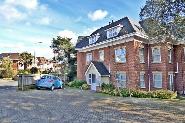 Thumbnail Flat to rent in The Woods, 70 Talbot Road, Bournemouth