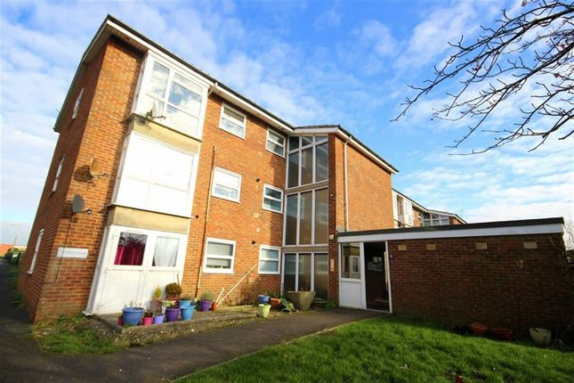 Thumbnail Flat for sale in Lime Kiln, Royal Wootton Bassett, Wiltshire