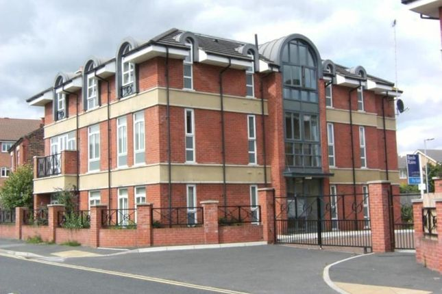 Thumbnail Flat to rent in Richmond Court, Widnes