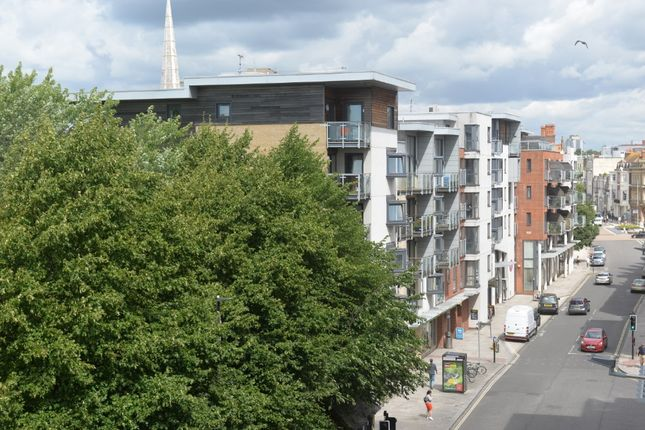 Thumbnail Flat to rent in Telephone House, High Street, Southampton