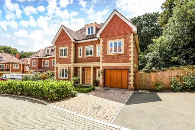 Thumbnail Detached house for sale in Westminster Close, Northwood