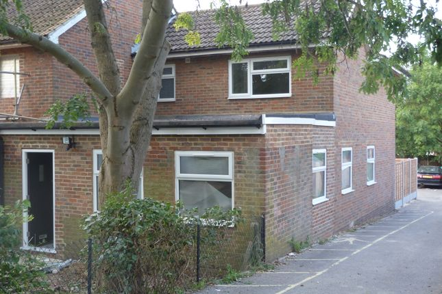 Thumbnail Semi-detached house to rent in Lawton Road, Loughton