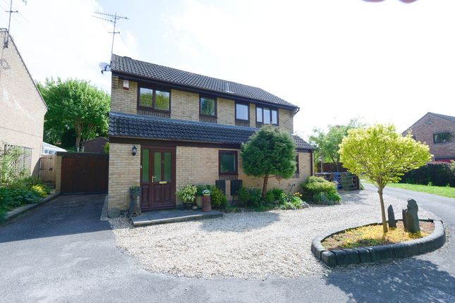 Thumbnail Detached house for sale in Ravenswood Road, Chesterfield