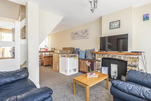 Living Room of Elgar Road, Reading RG2