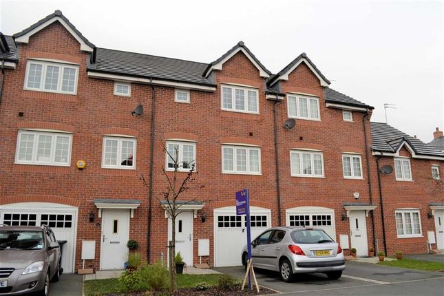 Thumbnail Town house to rent in Brentwood Grove, Leigh, Lancashire