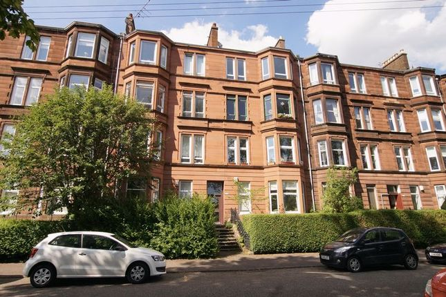 2 bed flat for sale in Onslow Drive, Dennistoun, Glasgow