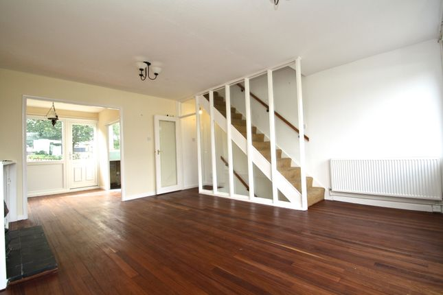 Thumbnail Town house to rent in Buckleigh Way, London