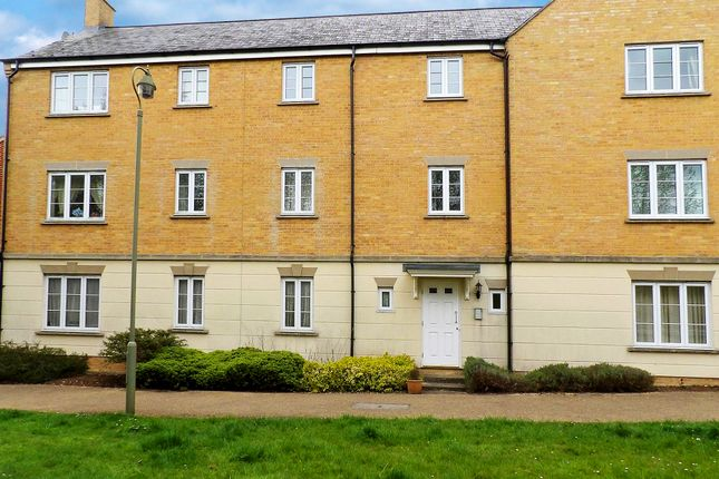 Thumbnail Flat to rent in Madley Brook Lane, Witney, Oxfordshire