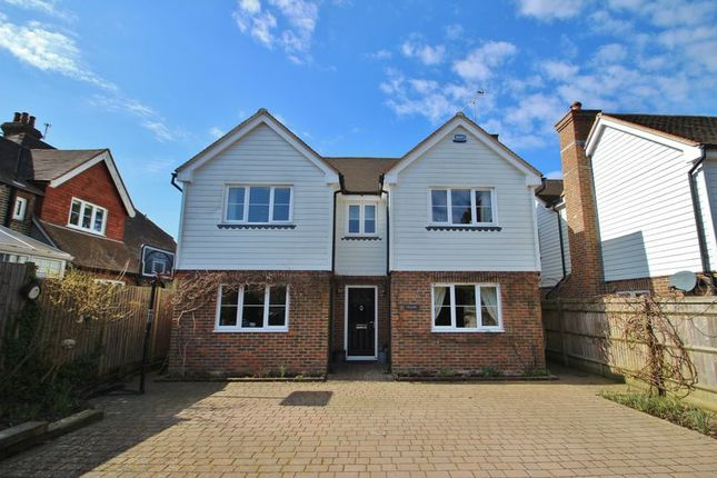 Thumbnail Detached house for sale in Mount Pleasant, Wadhurst