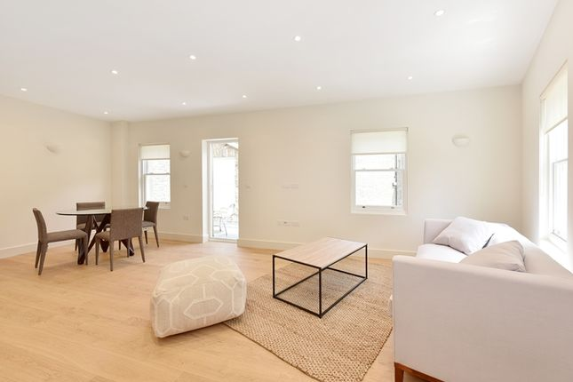 Thumbnail Flat to rent in Milkwood Road, Herne Hill