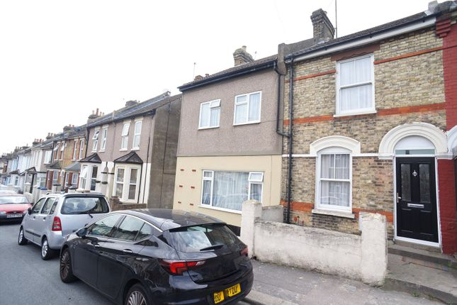 Thumbnail Terraced house to rent in Kitchener Road, Rochester, Kent