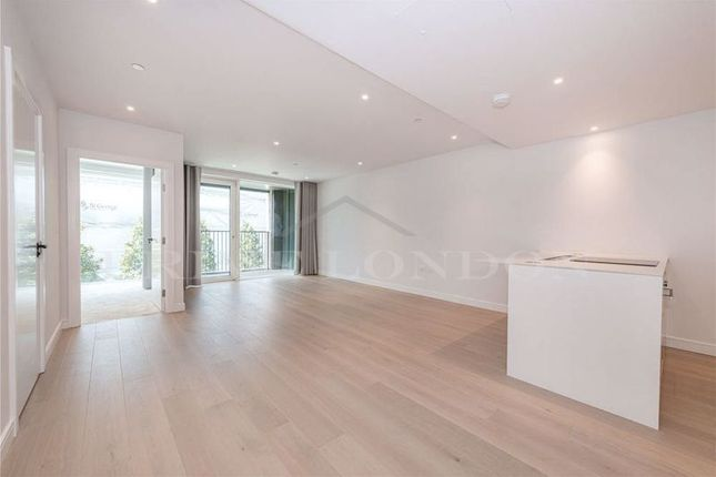 Thumbnail Flat for sale in Fairwater House, Chelsea Creek, London
