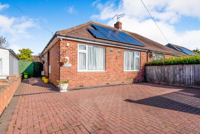 Thumbnail Bungalow for sale in Allen Road, Rushden, Wellingborugh, Northamptonshire