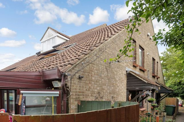 Thumbnail Semi-detached house for sale in Chapel Close, Grays