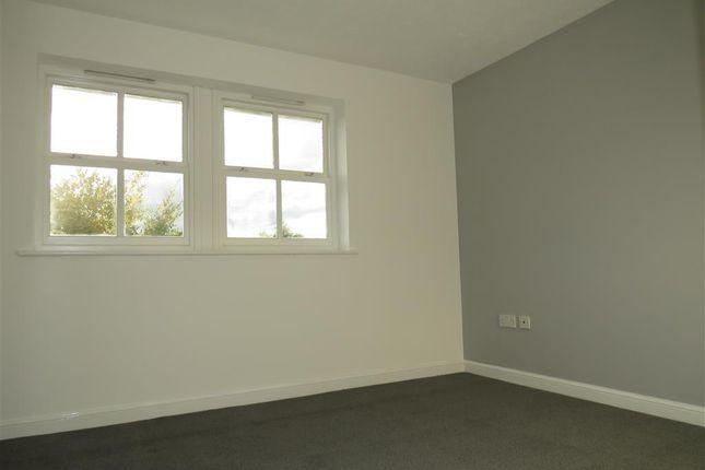 Bedroom 1 of Hornbeam Drive, Coventry CV4