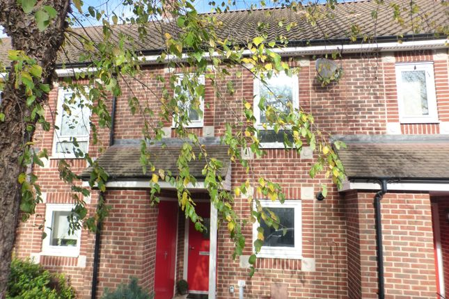 Thumbnail Town house for sale in Romany Road, Norwich