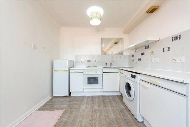 1 bed flat to rent in Kingston Gardens, Beddington, Croydon CR0