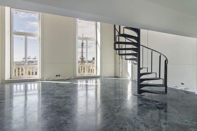 Apartment for sale in Via di Sottoripa, Genova Ge, Italy