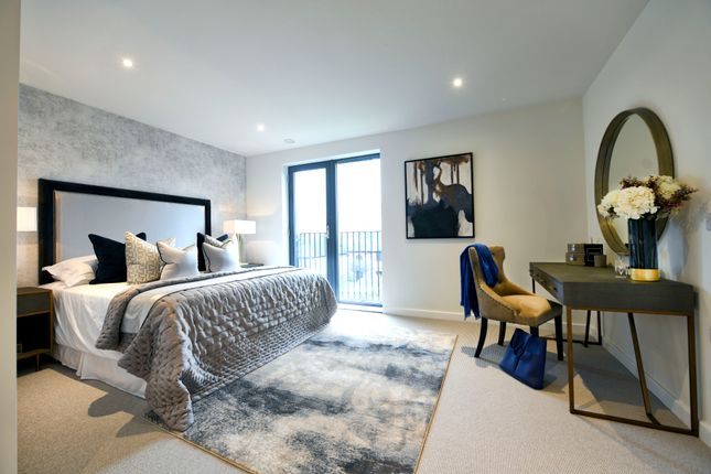 Thumbnail Mews house for sale in Victoria Drive, Southfields