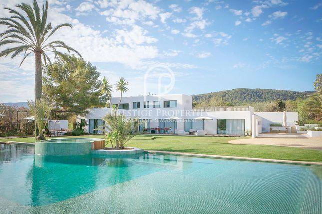 Thumbnail Chalet for sale in Sa Caleta, Ibiza, Spain - 07830