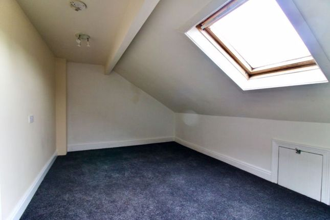 Bedroomtwo of Manchester Road, Huddersfield HD4