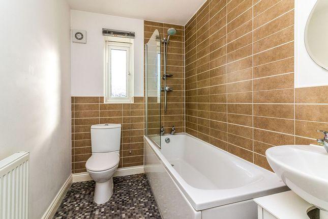 Bathroom of Merchant Croft, Barnsley, South Yorkshire S71
