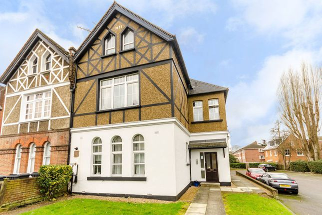 1 bed flat for sale in Cranes Park, Surbiton
