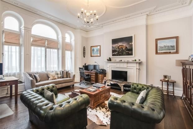Thumbnail Flat for sale in Carlisle Mansions, Carlisle Place