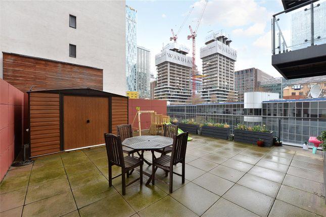 Terrace of Phoenix Heights East, 4 Mastmaker Road, London E14
