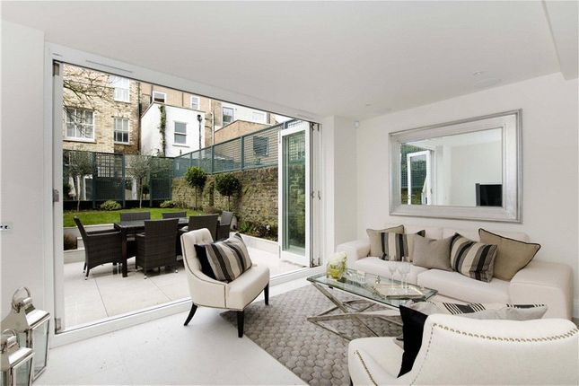Thumbnail Terraced house to rent in Grafton Terrace, London