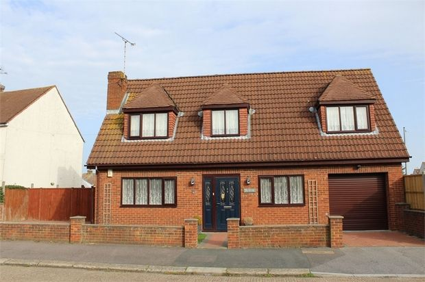 Thumbnail Property for sale in Lewis Avenue, Gillingham, Kent