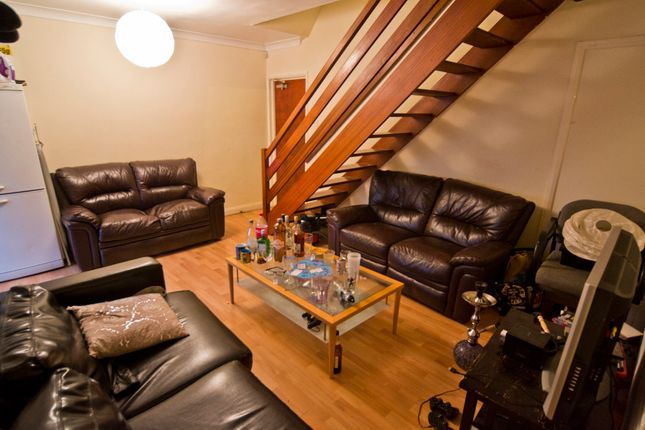 Thumbnail Semi-detached house to rent in Gregory Street, Nottingham