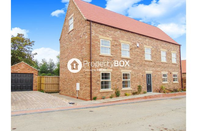 Thumbnail Detached house for sale in Edenthorpe, Doncaster
