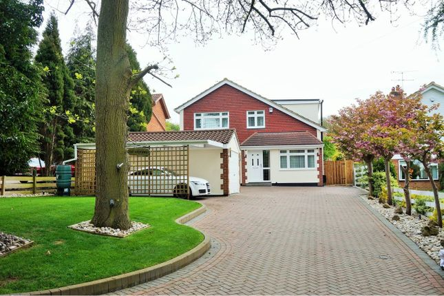 Thumbnail Detached house for sale in Manor Drive, Longfield