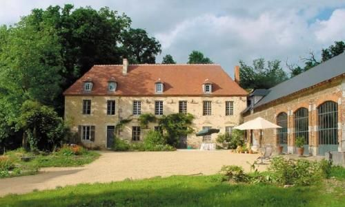 Thumbnail Country house for sale in Estg, Vichy (Commune), Vichy, Allier, Auvergne, France
