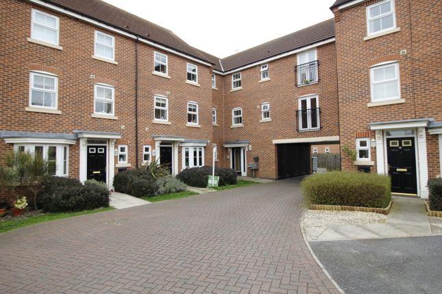 Thumbnail Flat to rent in Conisborough Way, Hemsworth, Pontefract