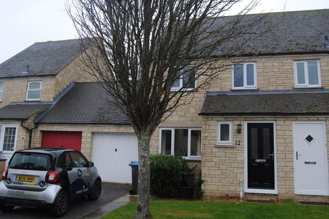 Thumbnail Semi-detached house to rent in Stow Avenue, Witney, Oxon