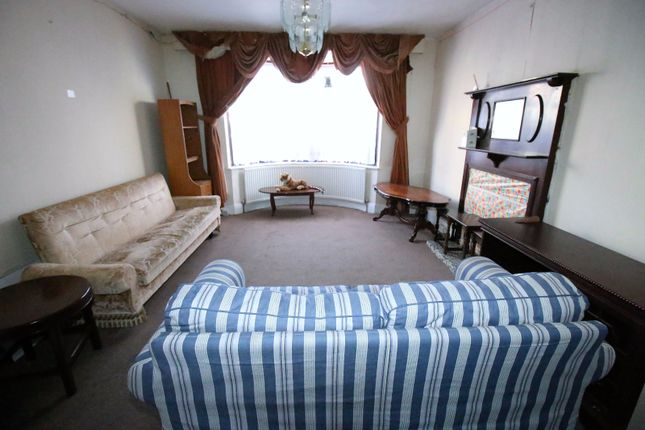 Thumbnail Semi-detached house to rent in Albert Road, Hounslow