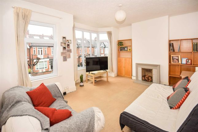 Thumbnail Flat for sale in Oxford Avenue, London