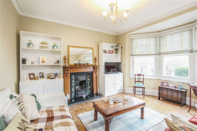 Thumbnail Flat for sale in Babington Road, London