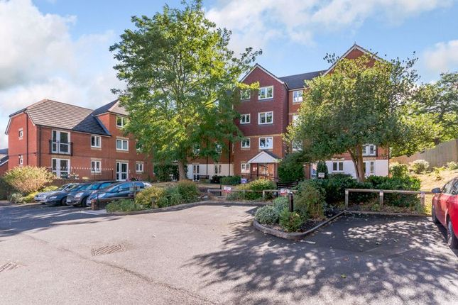 Property for sale in Willow Road, Aylesbury