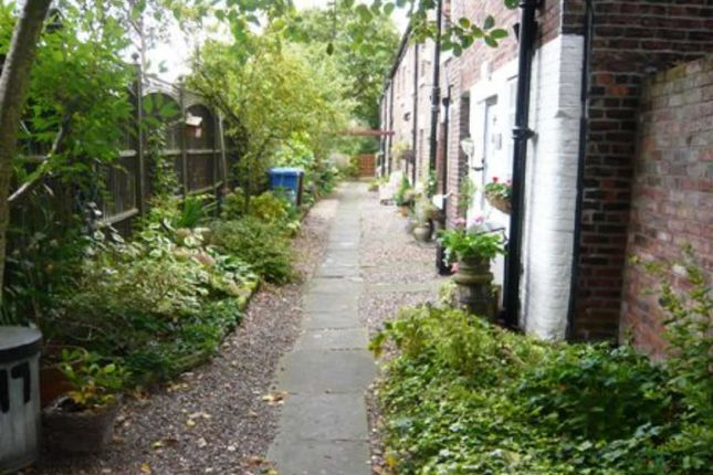 Thumbnail Terraced house to rent in Station Road, Cheadle, Cheshire