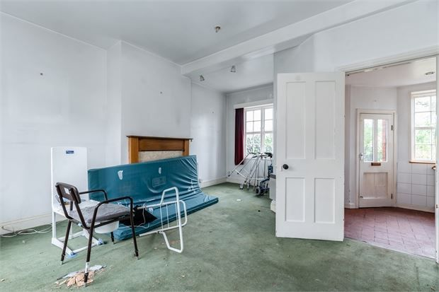 Living Room of Meadvale Road, Ealing, London. W5
