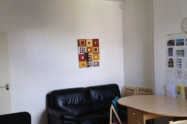 Thumbnail Property to rent in Holly Avenue, Pershore Road, Selly Park, Birmingham, West Midlands.