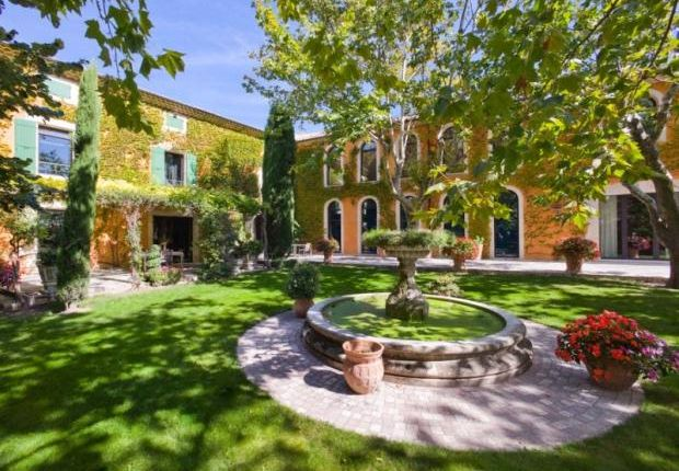 8 bed country house for sale in La Garde, Domaine De Fontcouverte