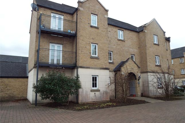 2 bed flat for sale in Avocet Close, Rugby, Warwickshire CV23