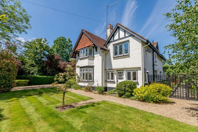 Thumbnail Detached house for sale in Lock Avenue, Maidenhead, Berkshire