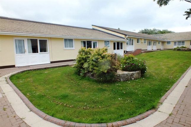 Picture No. 09 of 2 Meadowside Bungalows, Clay Park, Manorbier, Tenby SA70