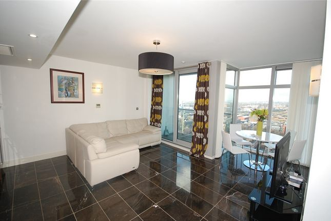 Thumbnail Flat for sale in Great Northern Tower, 1 Watson Street, Manchester