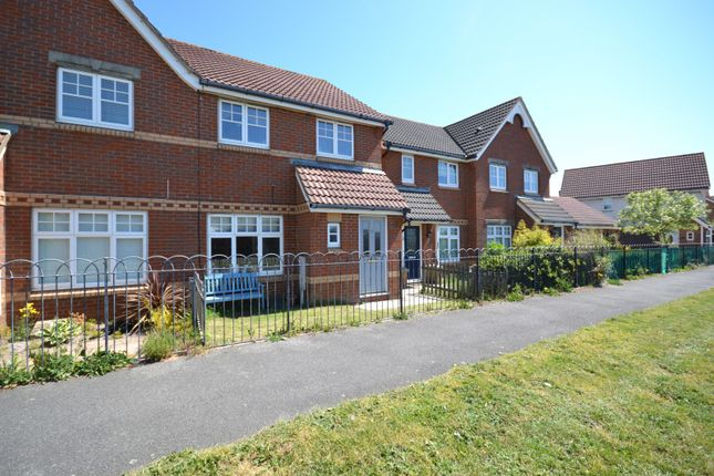3 bedroom property to rent in Solomons Close, Eastbourne